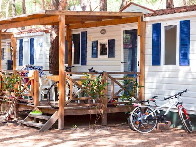 Centro Vacanze Isuledda (CNI222)