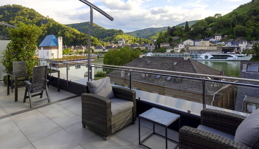MOSELTOP - Penthouse mit traumhafter Aussicht
