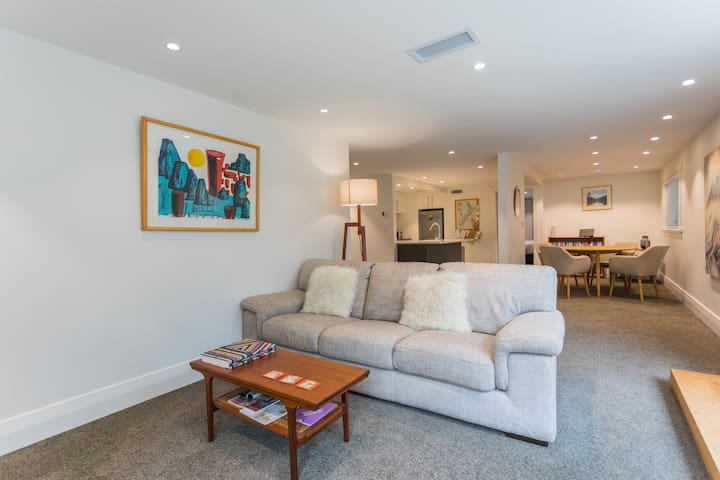 Perfect Location - Your Haven in Mt Eden