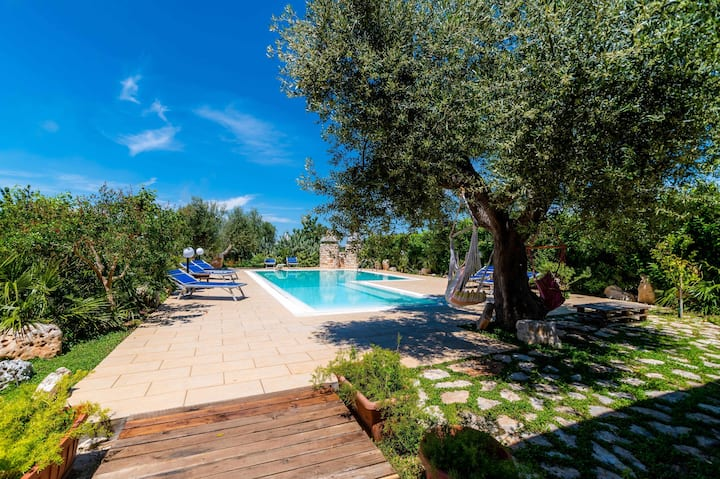 WePuglia-Villa Cassano,semi-detached villa w/priv.pool,vegetable gard.,WiFi