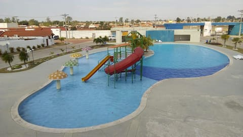 IS LIKE A RESORT+CINEMA+ROOFED AND TEMPERED POOL!!