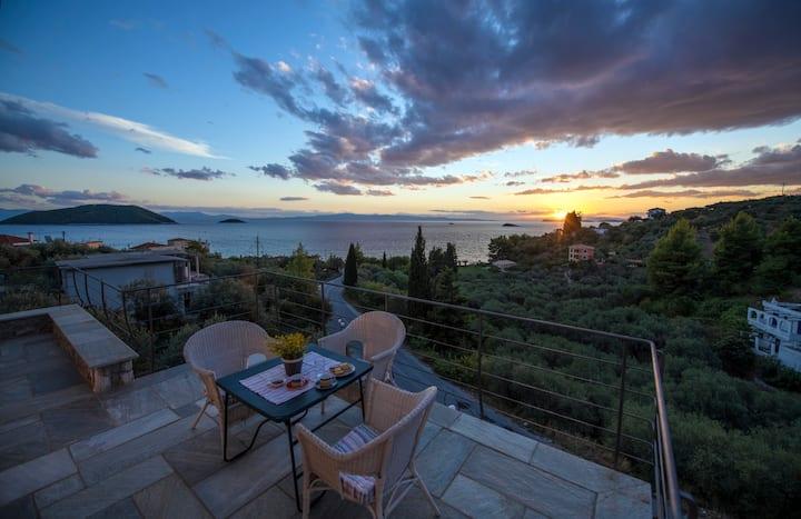 Grand View Elios