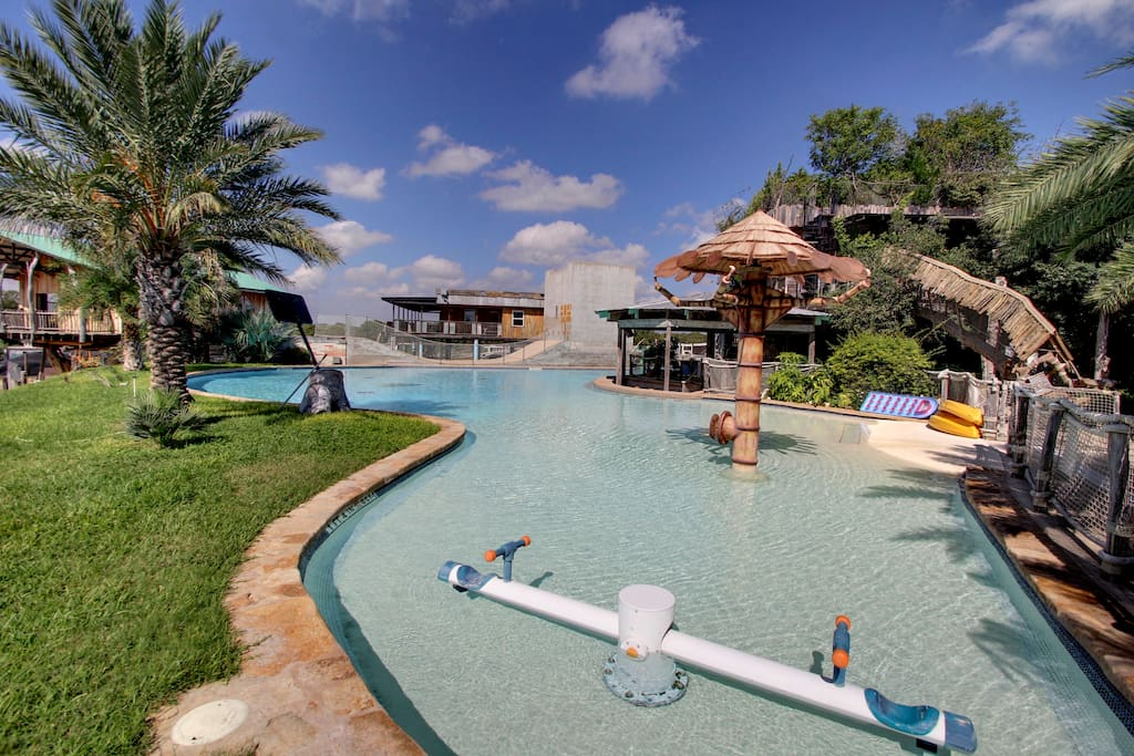 Community Large Walk-in Salt Water Swimming Pool