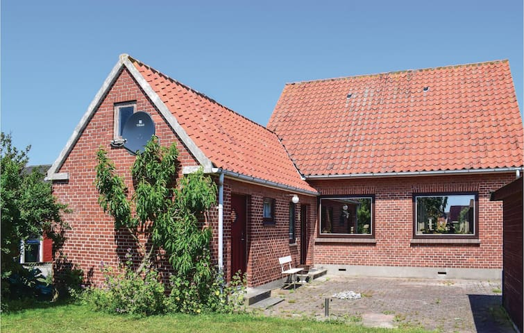 Holiday cottage with 3 bedrooms on 86m² in Bagenkop