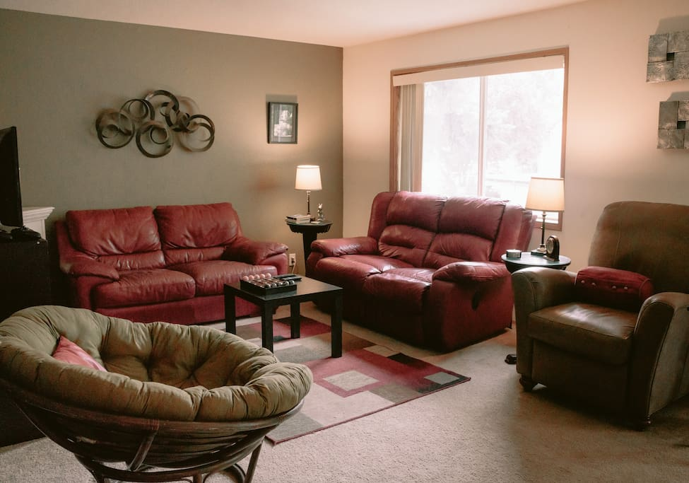 Comfortable living space with views of Pilot Butte