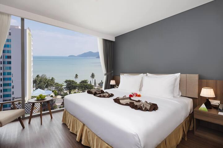 Ocean Luxury libra Nhatrang hotel room
