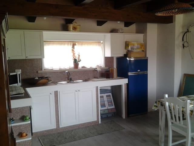 Casa molto rifinita e ben arredata per 4 persone - San felice Circeo - House