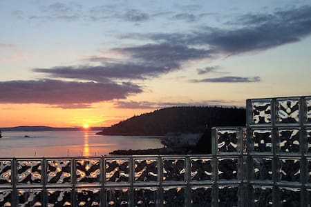 Anacortes! Just Another Day in Paradise! - Anacortes