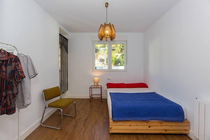 Habitación doble en casa de campo a 30' de Granada