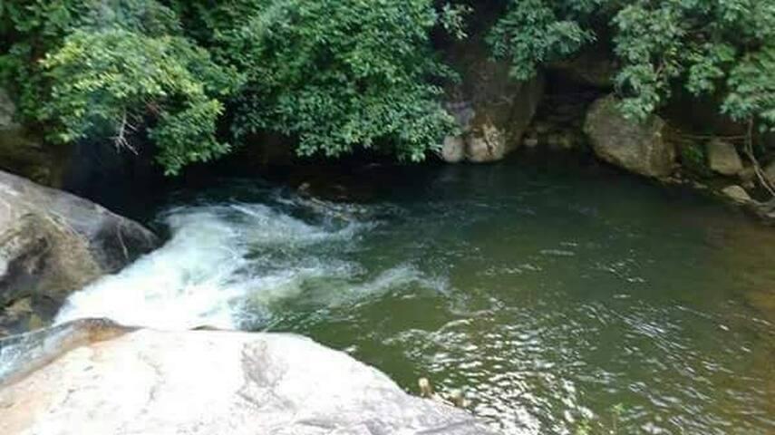Casa na cachoeira da amorosa em Conc. de Macabu rj