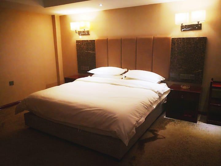乐住酒店式公寓鼓楼广场大床房