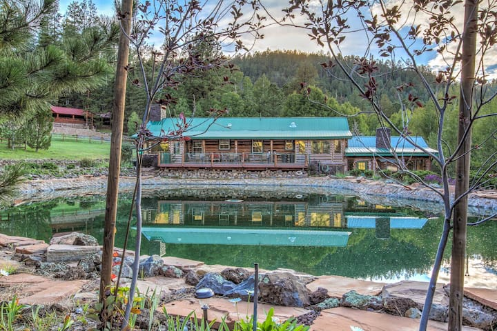 The Lodge at 'Snover Lodge & Stables' in Greer!
