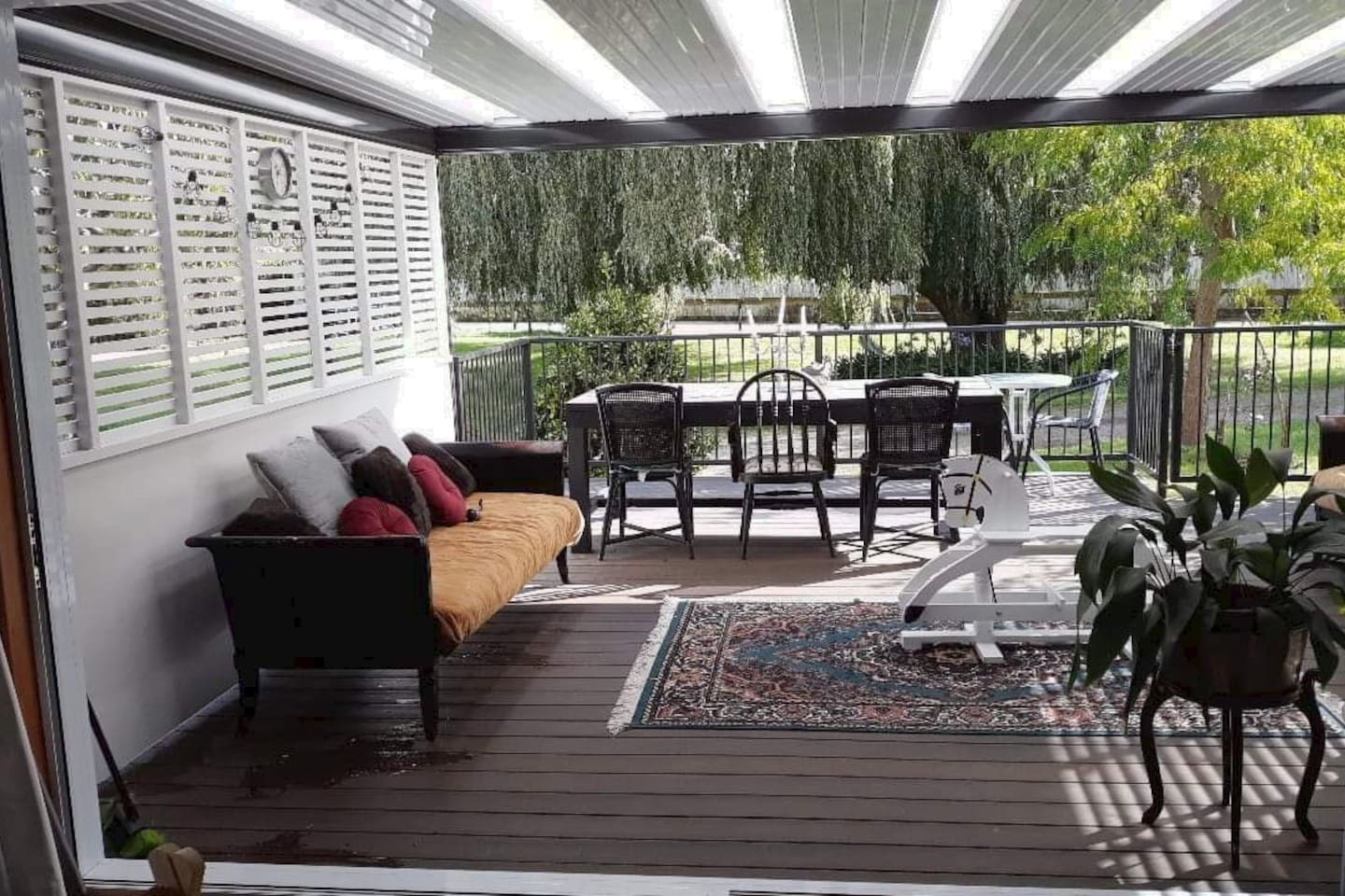 Covered deck off the lounge
