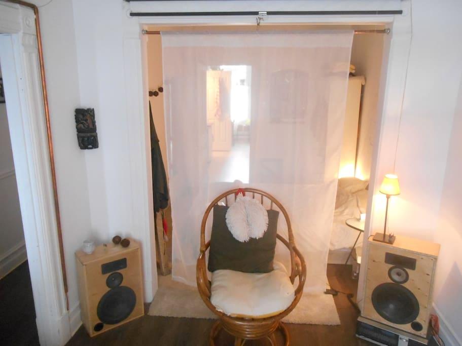 Salon (ouvert sur chambre)