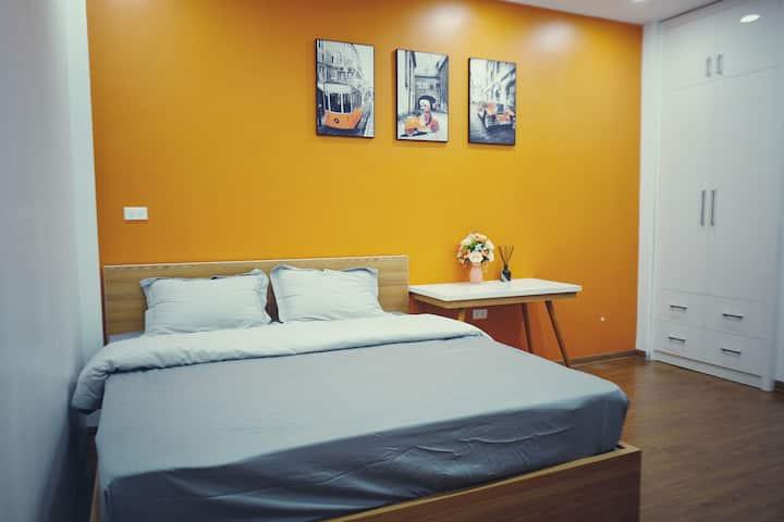 Pi's Home-Orange Flat with private bathroom(+LIFT)