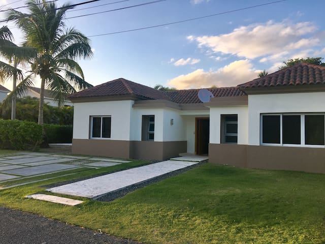 Be a local in Punta Cana Village - 3 Bdr - PC