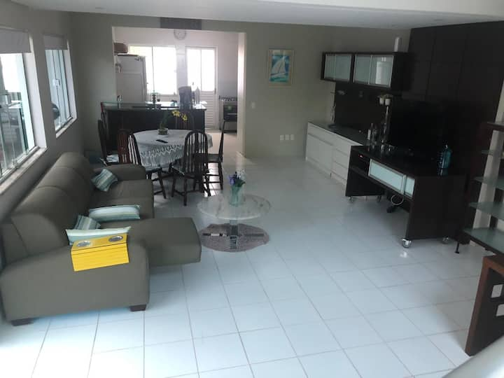 Ótima residência em Navegantes/SC, para  6 pessoas