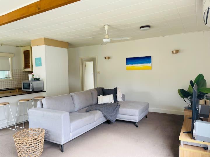 Jemmeson Beach House 🐶 Pet Friendly