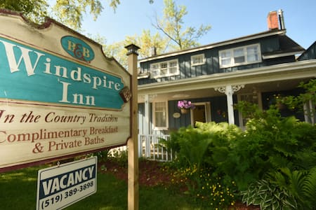 Windspire Inn (Family)