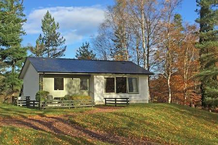 Detached Superking Cottage 12, Glen Nevis