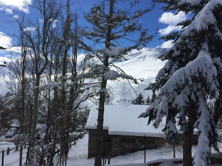Farellones Bed & Breafkast Verschneite Lodge 2