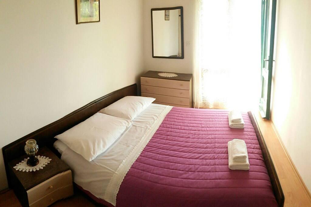 ložnice č. 1