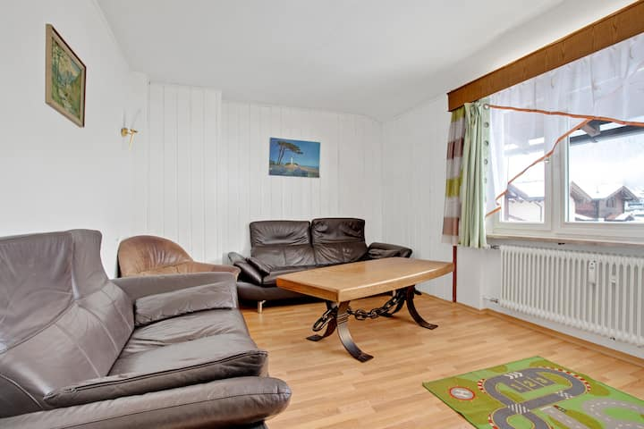 """Cosy Holiday Apartment """"Gmiatliche"""" with Terrace & Mountain View; Parking Available, Pets Allowed"""