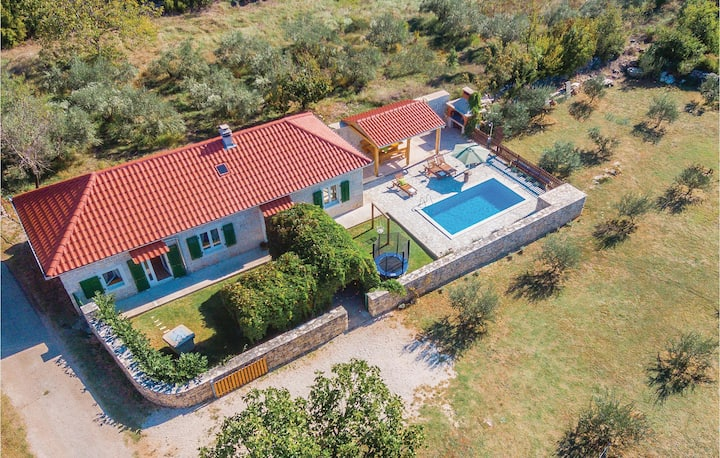 Amazing home in Necven with WiFi and 2 Bedrooms