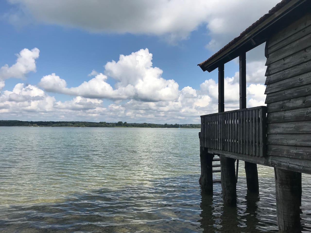 10 Fußminuten zum See