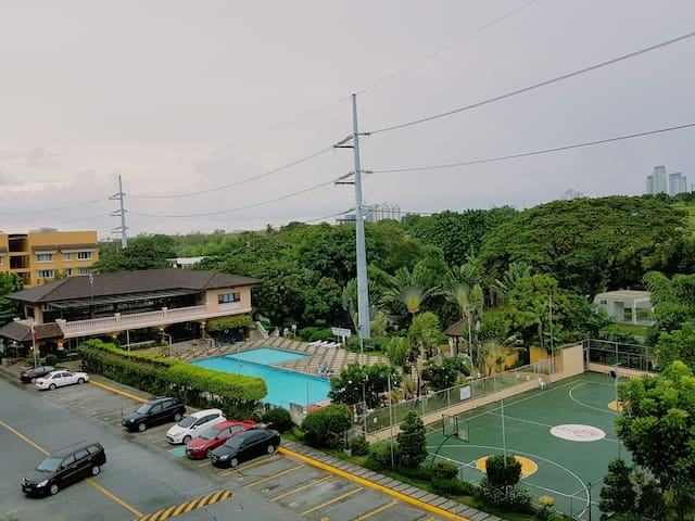 Condominium-Resort near the airport - Taguig - Flat