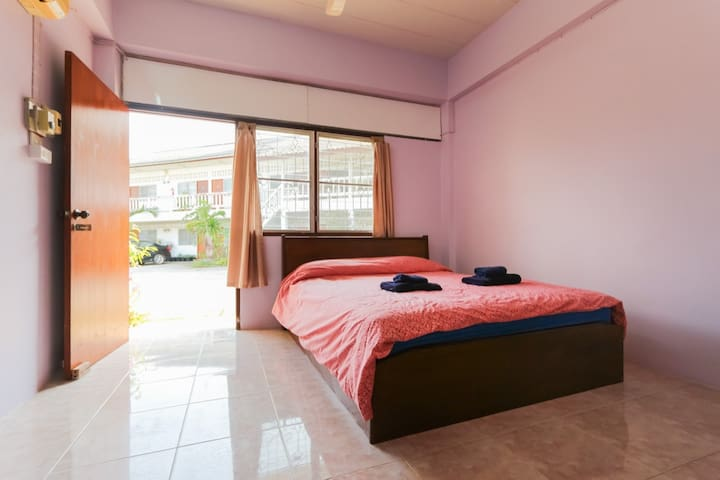 Standard Double room with air-con - Loei, Thailand - Apartment