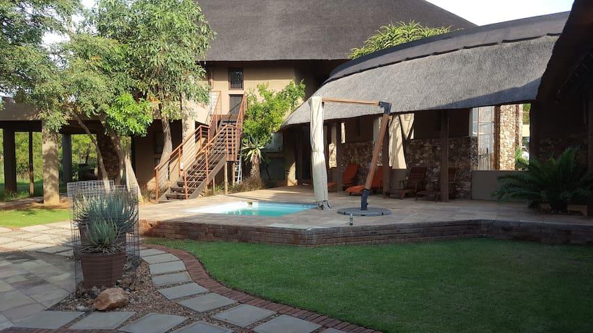 Zebula 65 (4 guests) - Bela Bela - South Africa - Bosveld - House