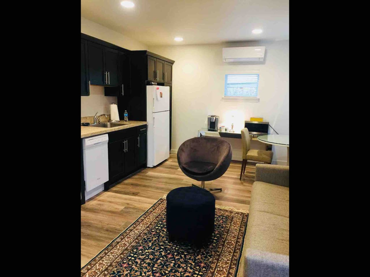 Big room with all new appliances, pedestal eating tAble, sofa bed, tv,