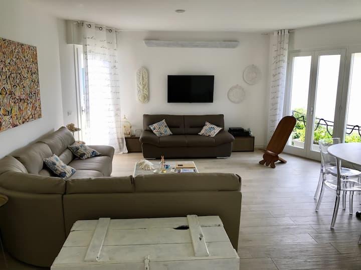 meschihouse - Sabbiadoro House