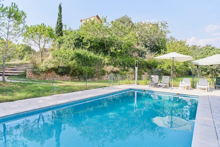 Luxury Villa s. XV with pool near Sitges 16-30pax