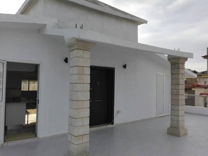 appartement s +2 au 2 etages dans un villa