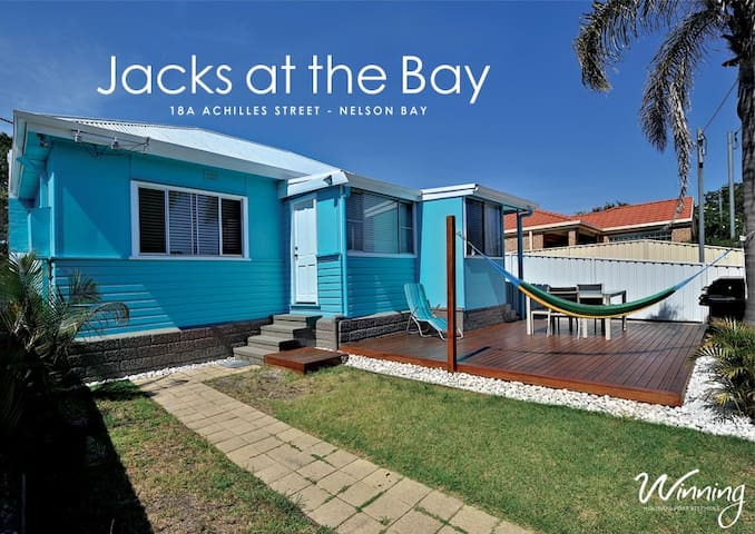 Achilles Street, 18a, Jacks at the Bay
