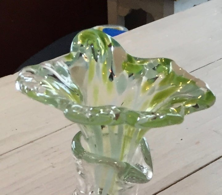 Glass flower funnel