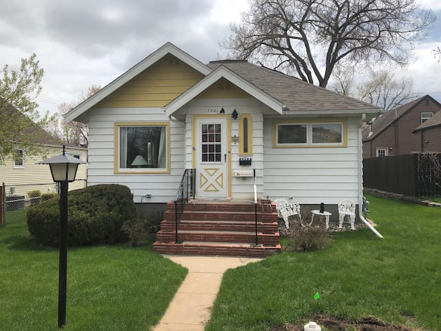Prairie Cottage in Historic Rapid City, SD