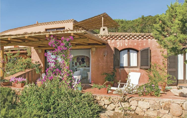 Terraced house with 2 bedrooms on 75m² in Cala di Volpe  (OT)