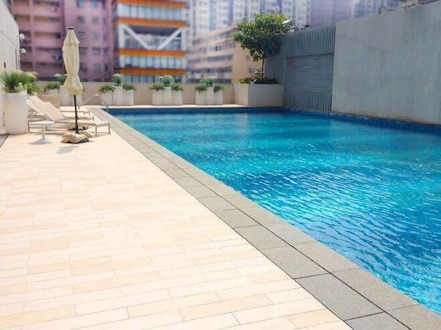 Max 6 ppl studio centrally located with gym & pool - Hong Kong - Apartament