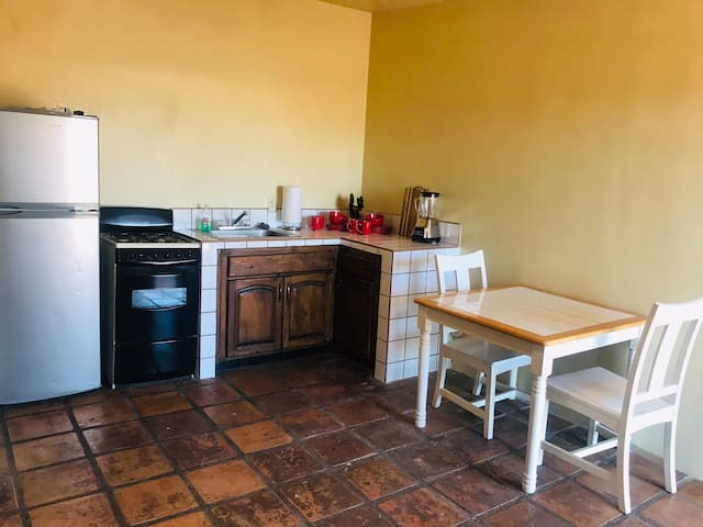 Cozy Apart 1BR very close to DT WiFi