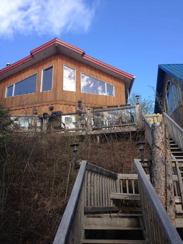 Lakefront cottage 1500 sq ft. - Christopher Lake - Chalet