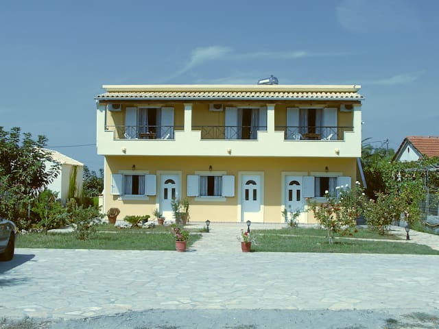 Corfu Island Paradise Apartments - Agios Georgios - Apartment