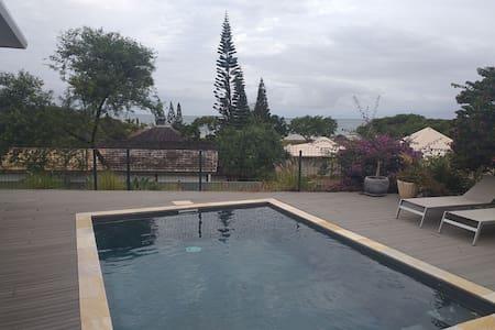 Villa et sa plage privé dans lotissement sécurisé
