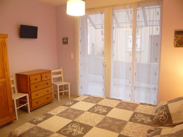 la chambre du Caroux - Saint-Martin-de-l'Arçon - House