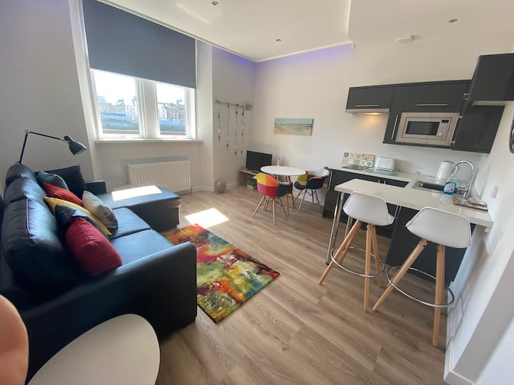 Ayr Riverside Apartments (1 bedroom Apartment 2)