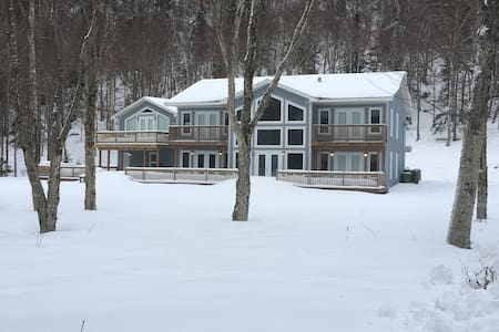 Riverside Vacation Chalet Rental - Humber Valley