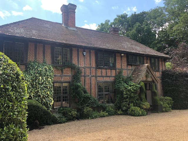 Historic Kent Hidden Gem Getaway