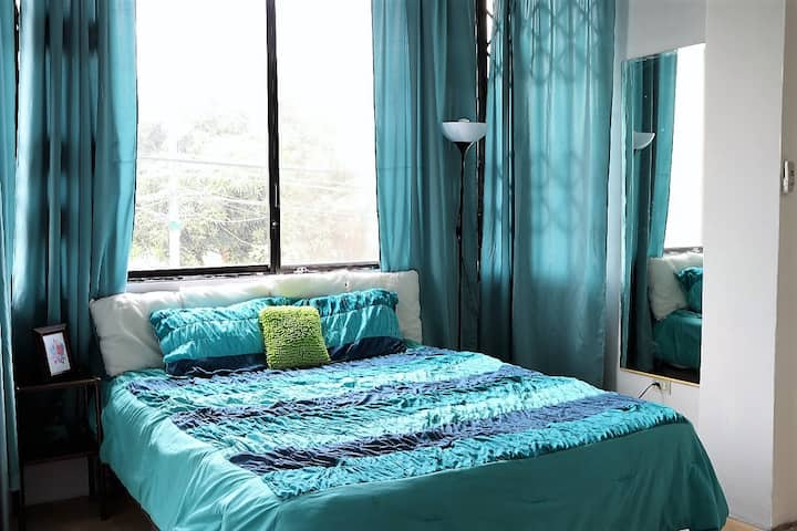 1) Master bed&bath inc.- 5min from airport